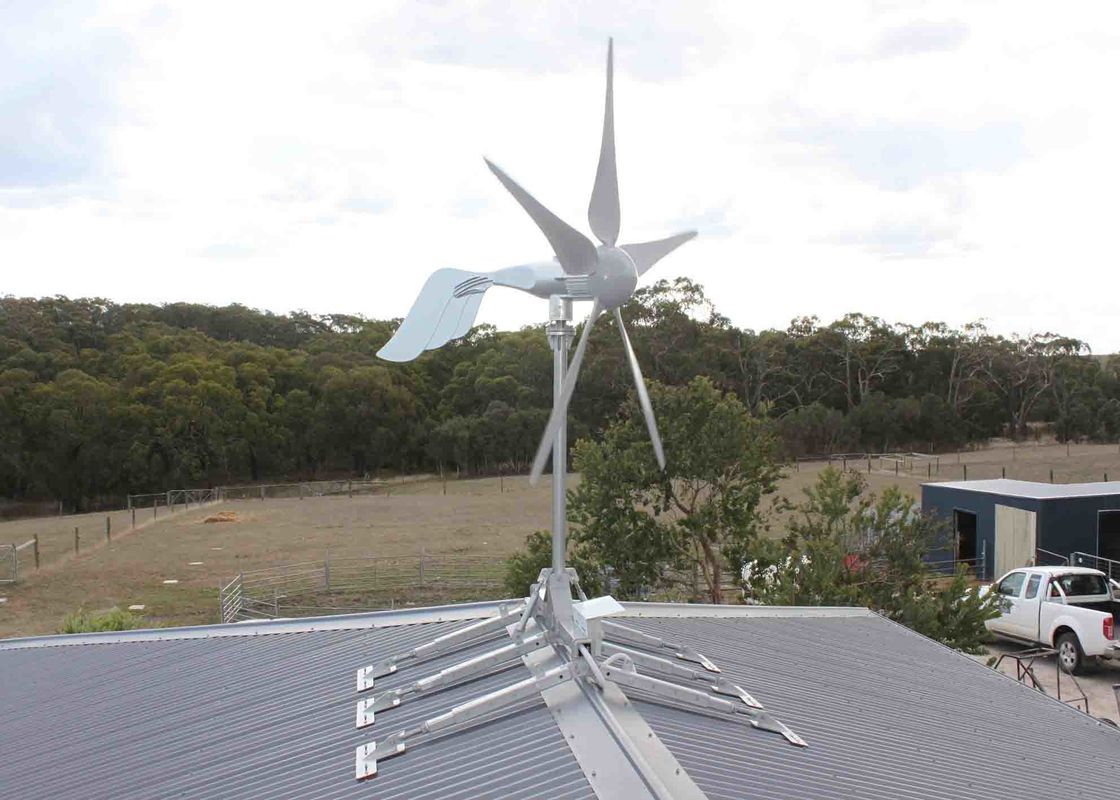 Energy Equipment On Grid Wind Turbine 1500 Watts With Hydraulic Tower